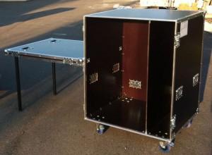 flight case type bureau sur mesure en kit ou occasion