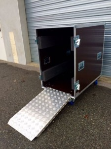 flight case avec rampe alu sur mesure en kit ou occasion