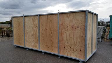 caisse de transport en bois et métal pour marchandises volumineuses